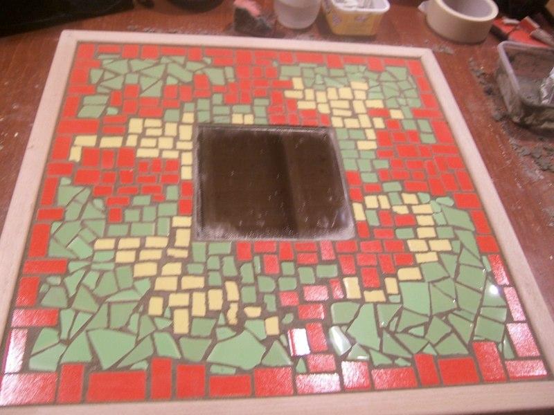 20170411&233749_Plak Mozaiek Badkamer ~ vooorbeeld dienblad workshop mozaieken 1 dag
